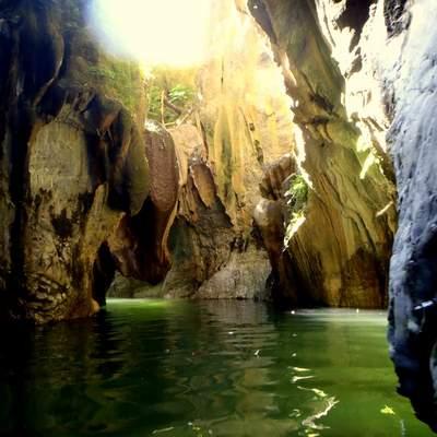 canyon1.JPG